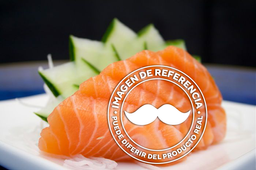 Sashimi de salmón premium (Corte fino)