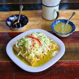 Tacos Dorados Bañados Pollo