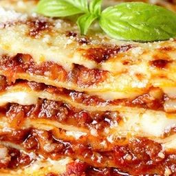 Lasagna bolognesa receta familiar