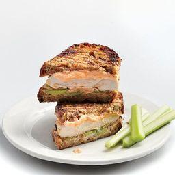 Sandwich de pechuga empanizada