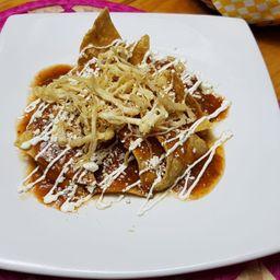 Chilaquiles Mayas con Pollo