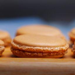 Macaron Chai