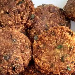 3 Piezas de Falafel