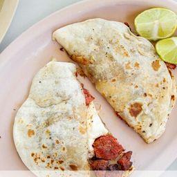 Gringa de Cecina Enchilada