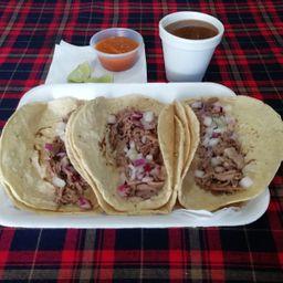 2 Tacos de Birria y Consome