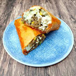 Burrito de Chicharrón en Salsa Verde