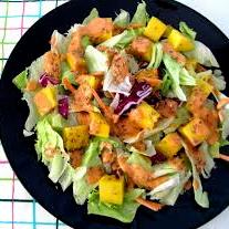 Ensalada de Frutos y Queso