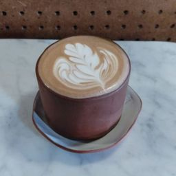 Chocolate Caliente 16 Oz