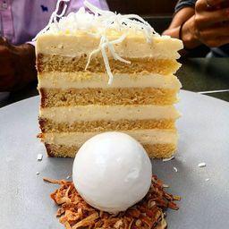 MOM´s Coconut Cake