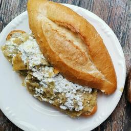 Torta de Chilaquiles
