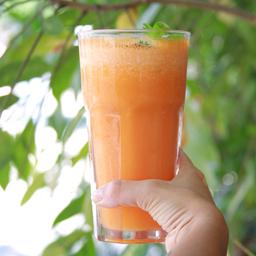 Agua de Fruta Fresca