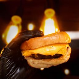 Cal'eh Cheeseburger