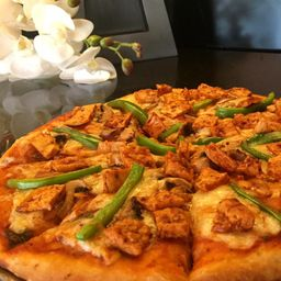 Pizza Pollo Adobado