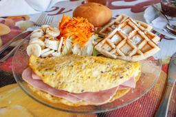 Especial Omelett y Waffle