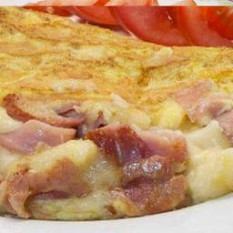 Omelete tocino en combo