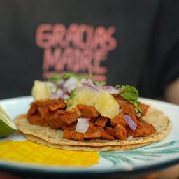 Taco Pastor con Piña