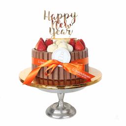 Happy New Year KITKAT Chocolate Cake!