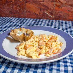 Huevos Salchicha