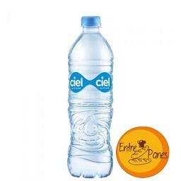 Agua de 500 ml.