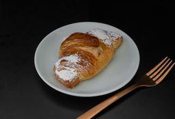 Croissant relleno de Almendra