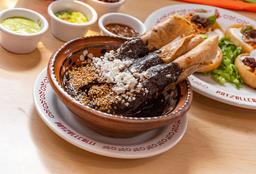 Tacos Dorados Bañados con Mole + Refresco