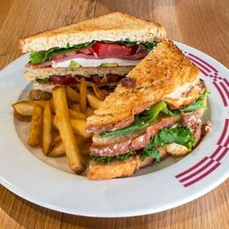 Club sandwich mexicano
