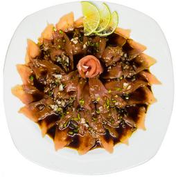 Rollos de pescado, sashimi Rasurado
