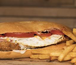 Sandwich de milanesa de res
