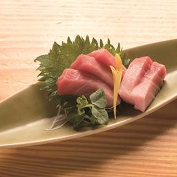 Sashimi kampachi