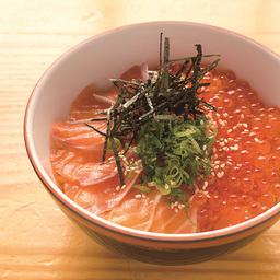 Ikura salmón don
