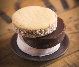 Alfajor glass