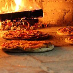 Fuego Nuevo Pizzeria