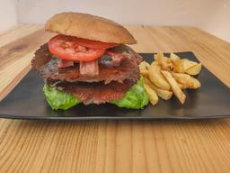 La Colonia Burgers