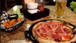Bocazza Pizza & Chela.