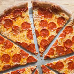 Delish Pizzas, Chapatas Y Más