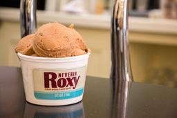 Logo Nevería Roxy