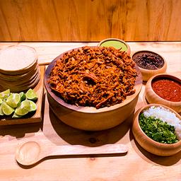 Leon Tacos y Salsas