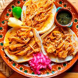 Pibil Tortas Y Tacos