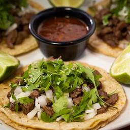 Tacos y Salsas Uuuff