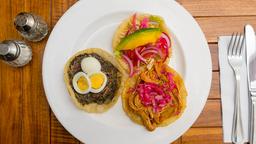 Ch'e'en Cocina Yucateca