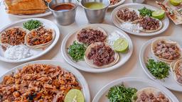 Tacos Santiaguito Jardines del Bosque