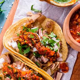 Tacos y Tortas Ahogadas la Pozarica