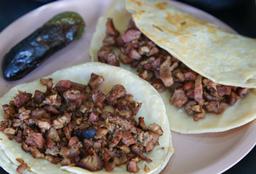 Tacos Vizcarra Jr.