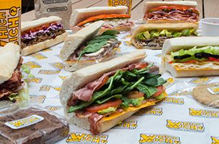 Logo Which Wich
