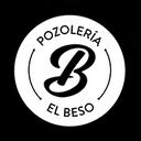 El Beso Huasteco background