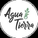 Agua y Tierra background